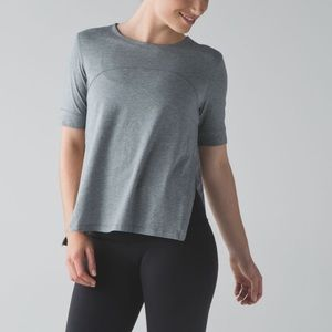 Lululemon dash to class short sleeves
